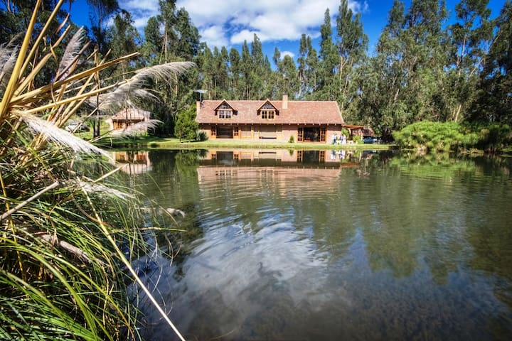 Palumbo Luxury Villa - for 9 people - - Cayambe - Villa
