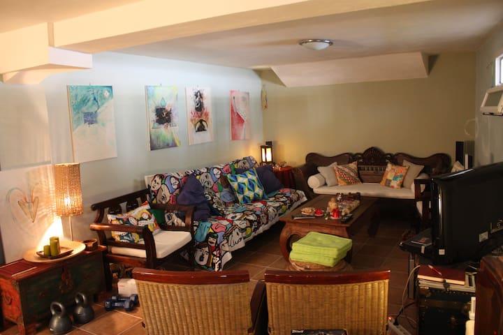 Ανεξάρτητο διαμέρισμα με κήπο - Zevgolatio - Byt
