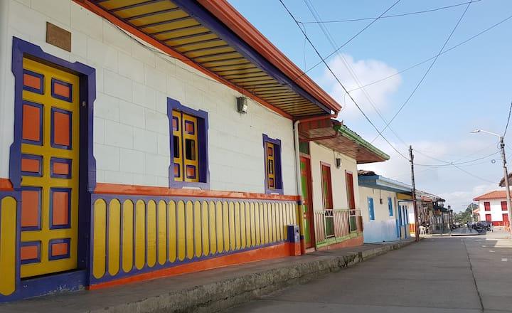 Titina House Salento, Color que salpica la montaña