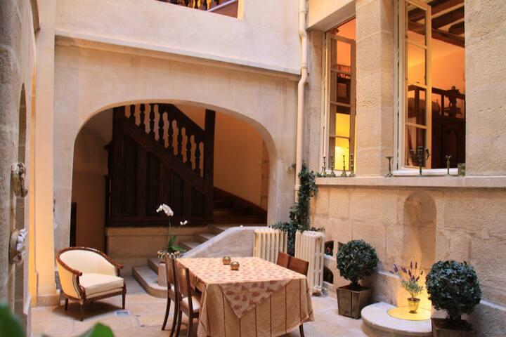 La maison d'anne studios 2 à 5 pers - Paris - Bed & Breakfast