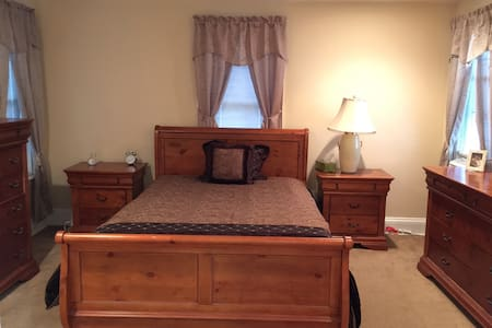 Cozy 1 bedroom with parking - Quakertown