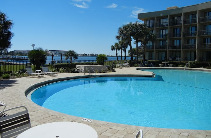 Relaxing Soundside Condo - WataView!