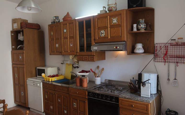 Casa Vacanze Gradoli - Gradoli - Apartamento