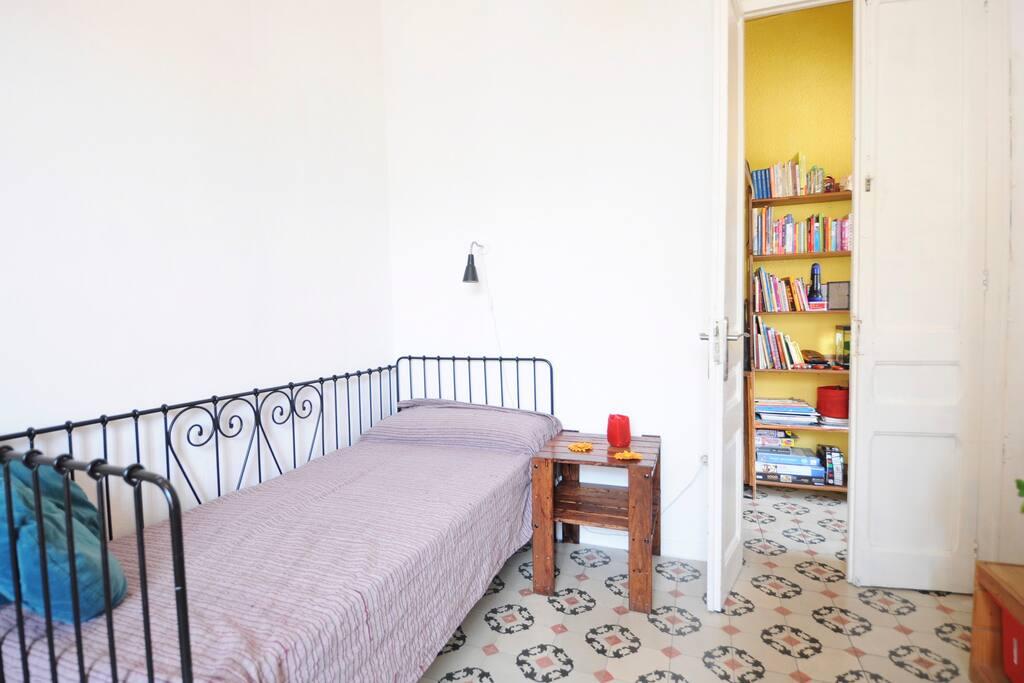 Una habitacion grande y con mucha luz apartamentos en - Alquiler de una habitacion en madrid ...