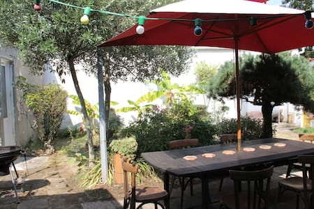 2 private  rooms in garden - Fouras - Dom