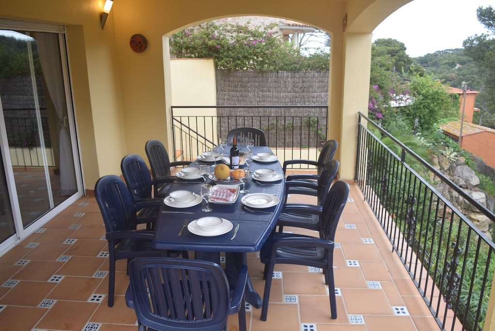 Lovely dining terrace with views across the valley