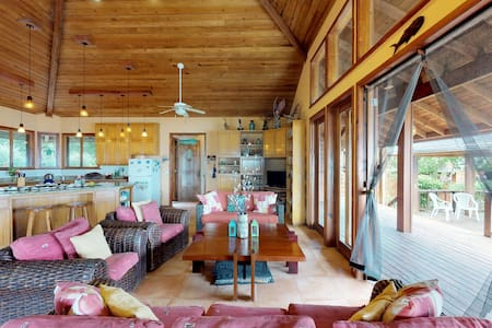 Beautiful oceanfront home w/ private plunge pool, decks, gardens