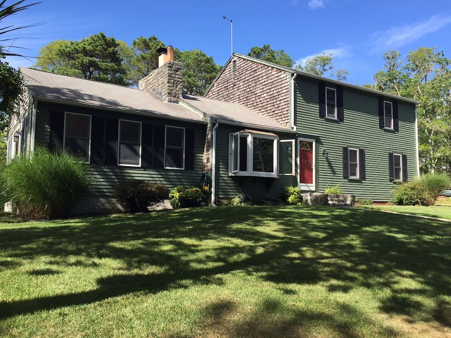 Rural setting in Harwich Mass.  Peaceful and close to beaches