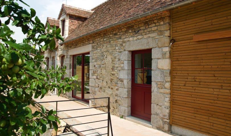 Gîte de Pinchèvre - Saint-Nicolas-des-Bois - House