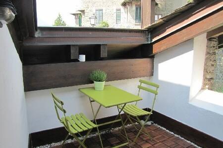 B&B Scarpatetti 45 in centro storico a Sondrio - Sondrio - Bed & Breakfast