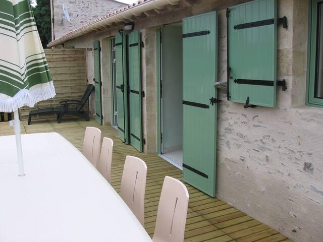 Gîte proche du Puy du Fou - Saint-Maurice-des-Noues - บ้าน