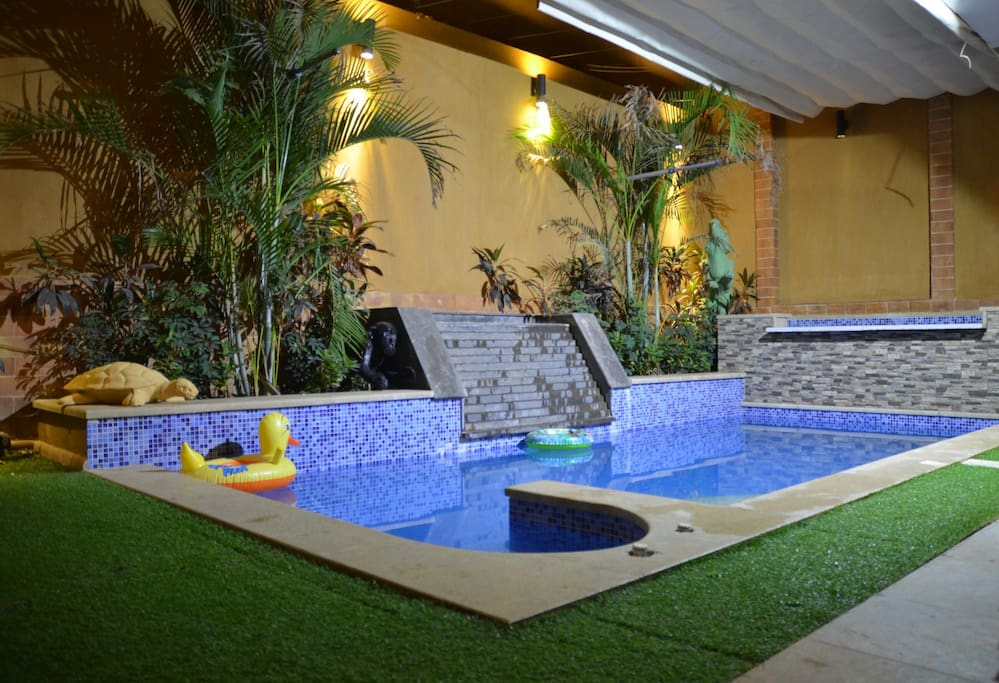 Resident Villa With Private Pool Houses For Rent In New