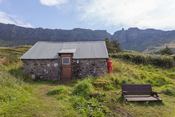 Cleadale Bothy on Isle of Eigg