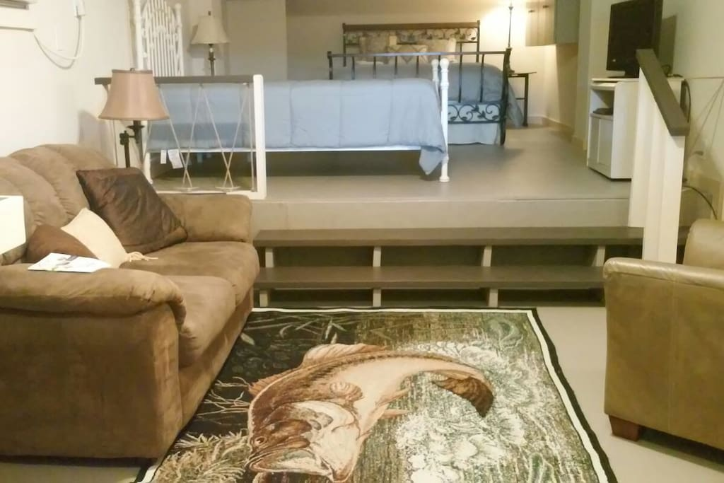 Open sitting & sleeping area
