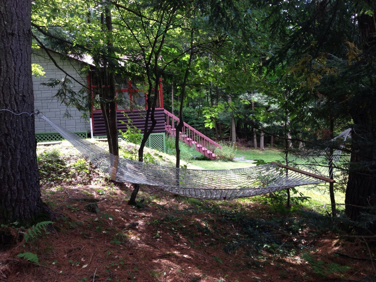 There is a hammock, horeshoe pitch and small swings