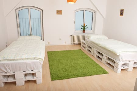 Old town courtyard house 2 beds