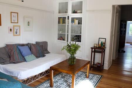 Big luminous bedroom (Plateau)