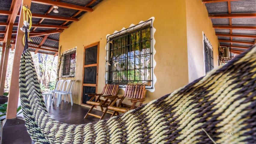 Casa Del Rey (Avellanas Homes) - avellanas/ tamarindo - House