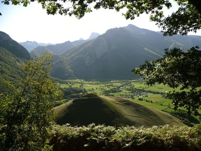 Le chalet des Ecuyers  Pyrénées - Accous - Dağ Evi