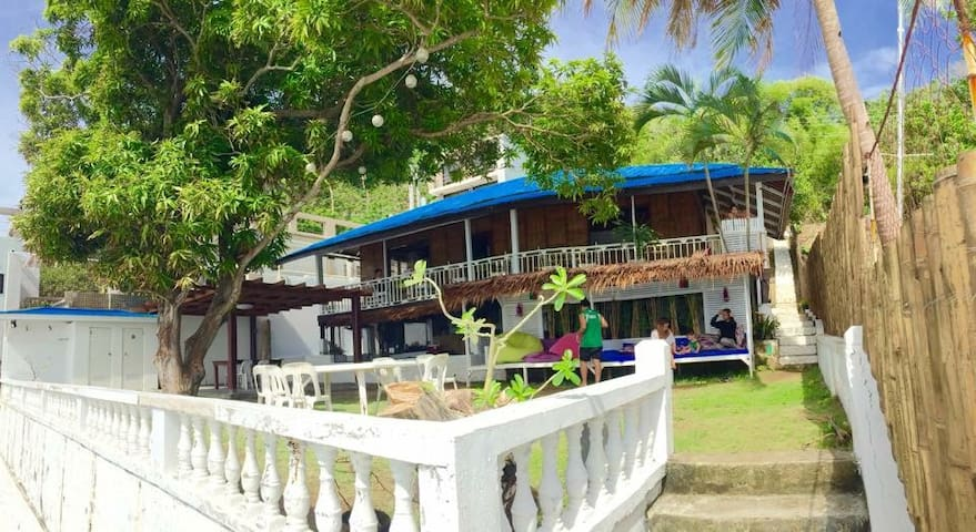 Haybols Scuba Hub - Bauan - Bed & Breakfast