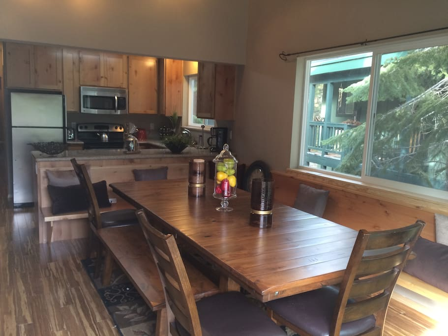 Dining for 15 with kitchen.