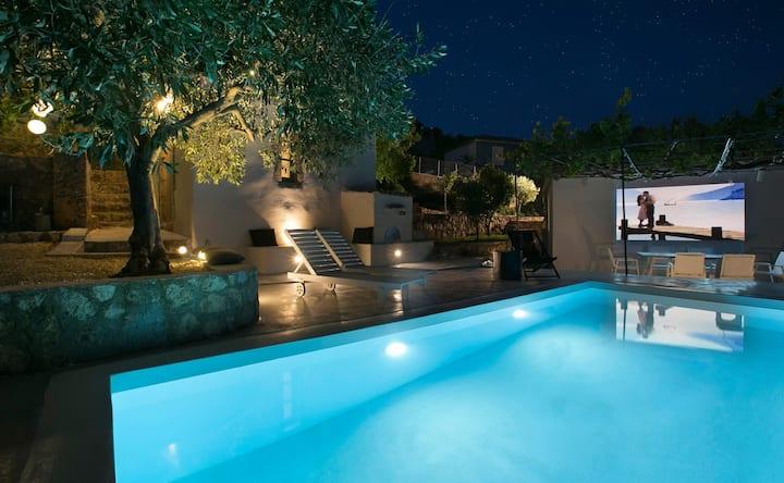 Bohemian Retreat Kefalonia - 3 Bedroom Villa