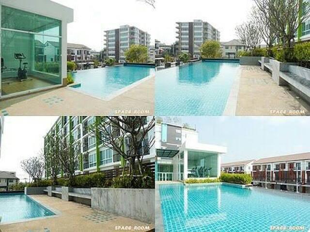 Log3 studio sukhumvit 101/1 ff  bts - Bangkok