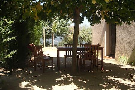 appartement de 50 m2 rdc de villa - Petreto-Bicchisano - Dům