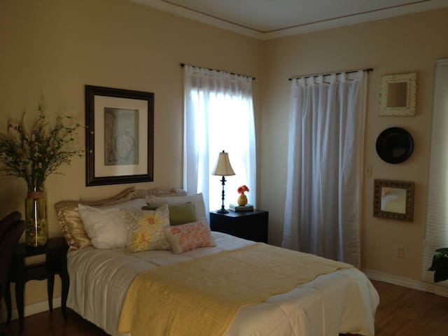 Across the Street from the Beach - Ponte Vedra - Appartement