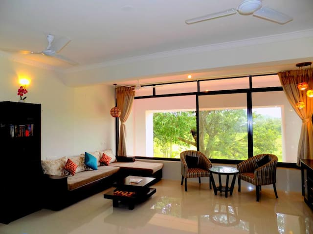Classy Apartment close to Candolim Beach: CM012 - Candolim - Daire
