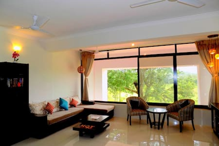 Classy Apartment close to Candolim Beach: CM012 - Candolim - Huoneisto