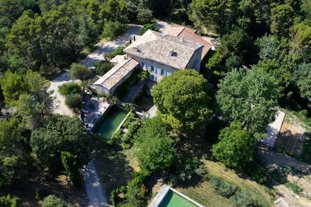 "Provencal country-house ""La Calade"" - Crestet"