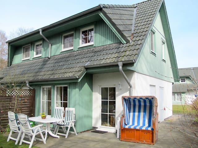 House Ferienhaus for 4 persons in Zinnowitz