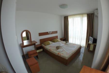 Hotel Filland - Созополь