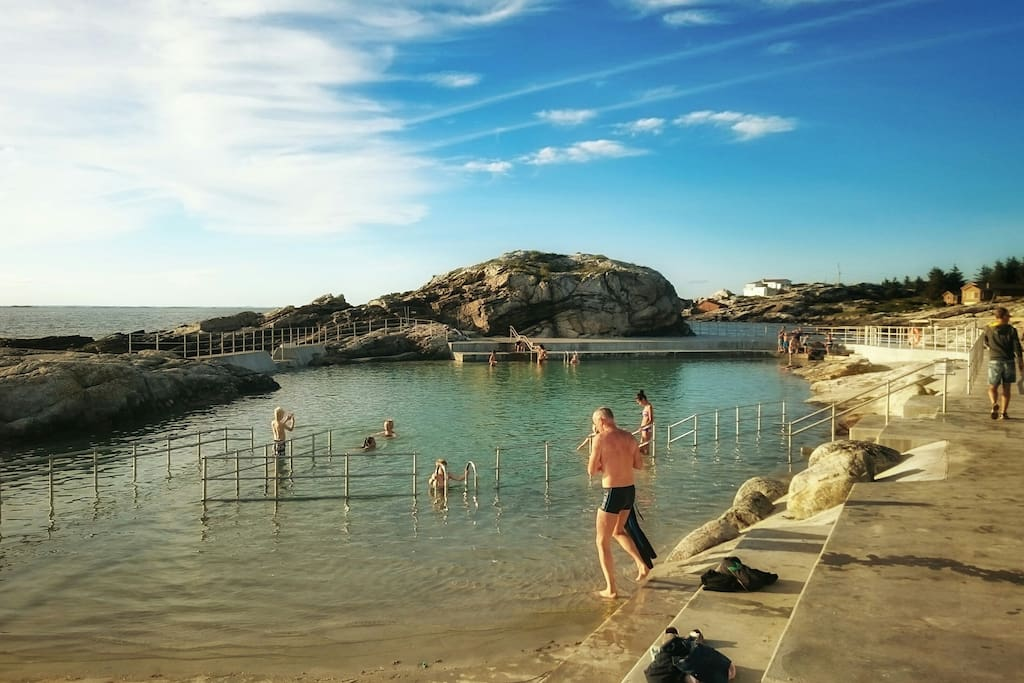 The Brand New Sea Bath was opened in August 2015 and is located only 250 meters from the  house.