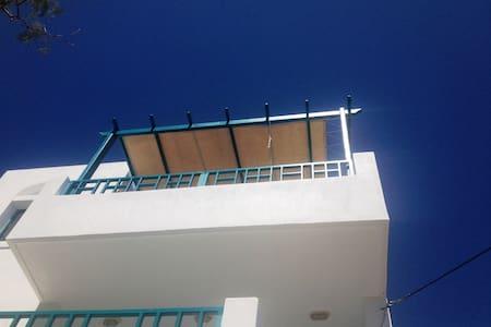 Agia Fotia Seafront Apartment - Paralia Agias Fotinis