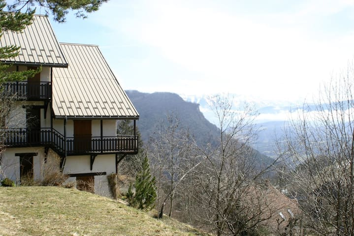 Beautiful Alpine Chalet, best views - Saint-Andéol - Casa