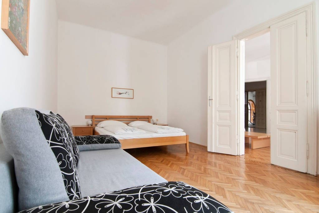 Fasangasse Bedroom
