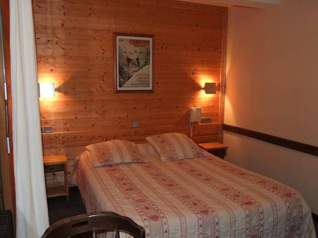Chambre privée à SIXT FER A CHEVAL - Sixt-Fer-à-Cheval - Condominio