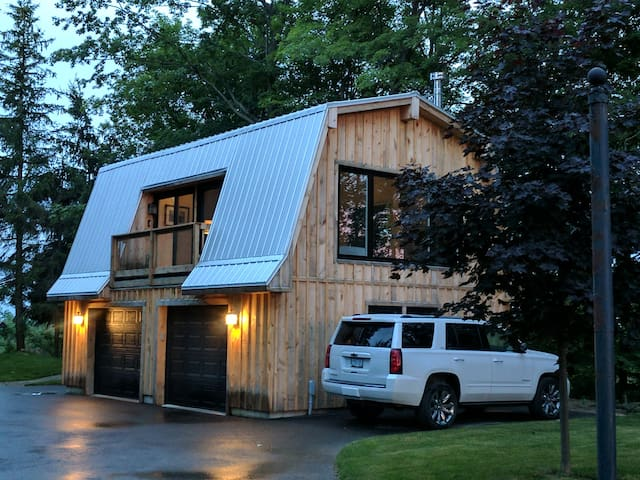 The studio - a private out building at Sunny Pines Farm