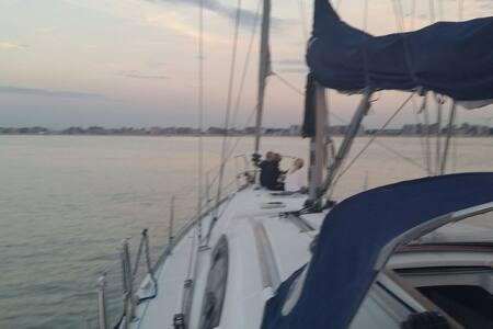 Slapen op zeiljacht bij Knokke - Zeebrugge  - Boot
