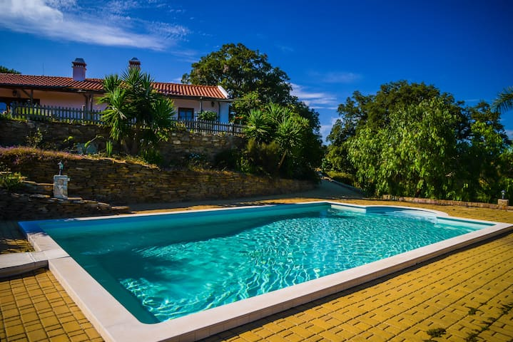 Casa do Jardim - Beautiful House - Luzianes-Gare - Villa