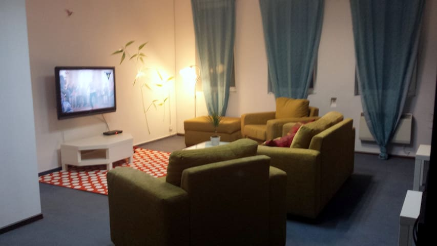 Pokój w prywatnym akademiku - Warszawa - House