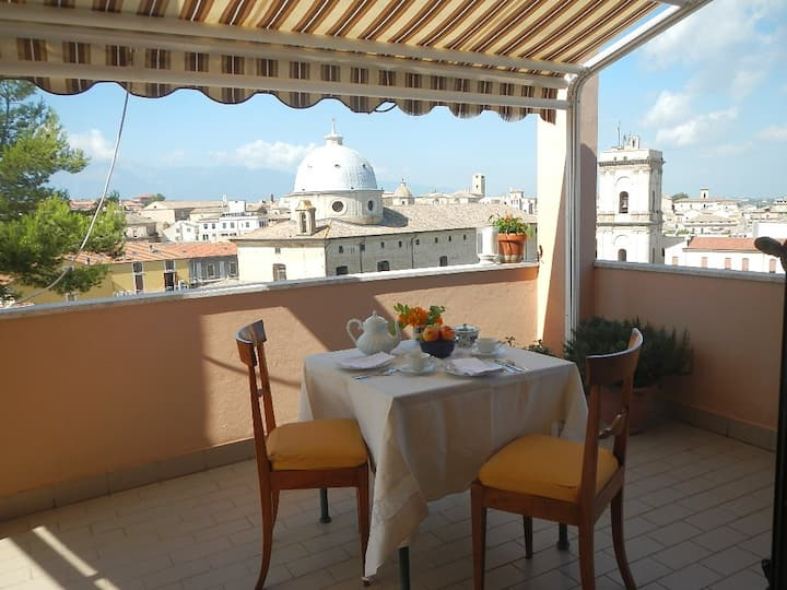 Lanciano apt with huge roof terrace