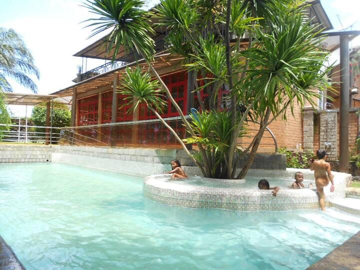 BAOBAB 2-3 pers-apartment terrace KIT WiFi Billard