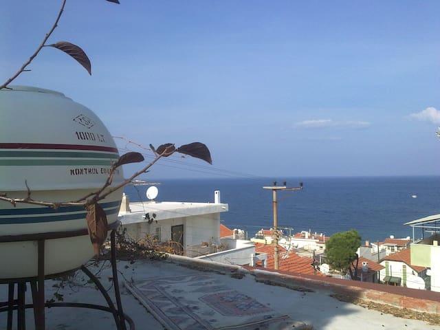 A Pavillion by the Seaside - Foça - Dům