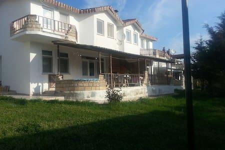 Kırklareline ilcesi iğneada fener s - Kırklarelli - House