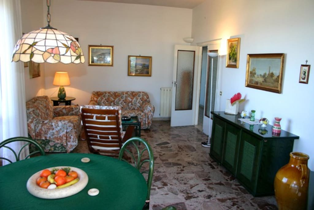 The living-room of Chiara Apartment in Sorrento