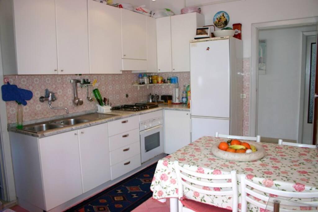 The kitchen of Chiara Apartment in Sorrento