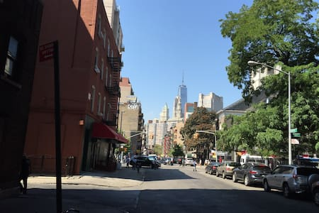 Brand new studio apartment in downtown Manhattan 10 min walk to the freedom tower and little Italy,3 blocks away from the (website hidden) brick and wood floor